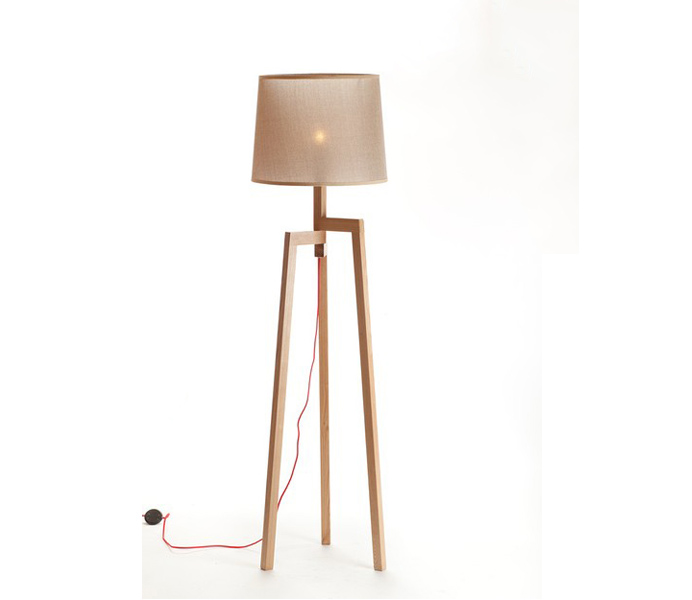 Simple Wooden Tripod Floor Lamp with Fabric Lampshade