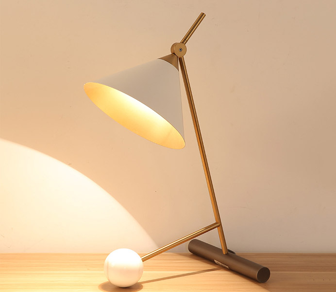 Hot Sale Metal and Marble Table Lamp with E27