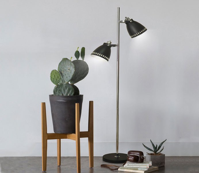 Contemporary Iron Floor Lamp Manufacture with 2 E27 Lights