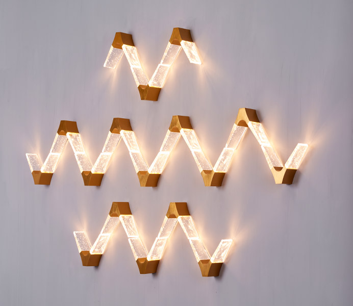 5W V Shape Crystal Wall Sconce with Gold Brushed Aluminum